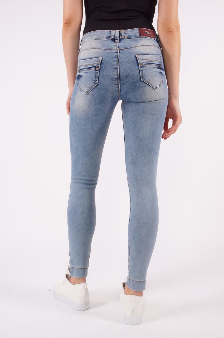 женские джинсы узкие фото